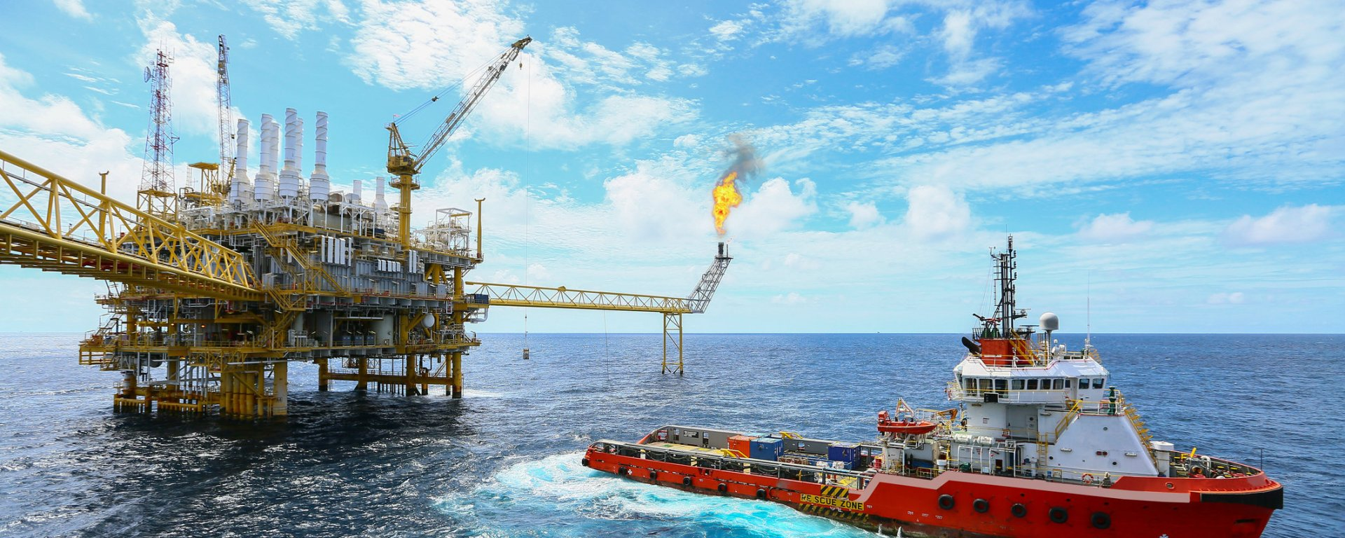 Liquified Natural Gas Asx Lng Edging Up On Extension Of Offtake